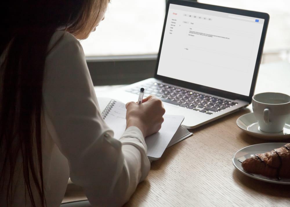 Какие необходимы документы, чтобы зарегистрировать ИП?